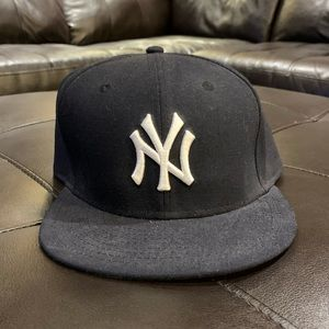 NY Yankee Fitted Cap